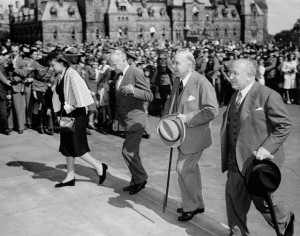 VJ_Day_Ottawa_1945